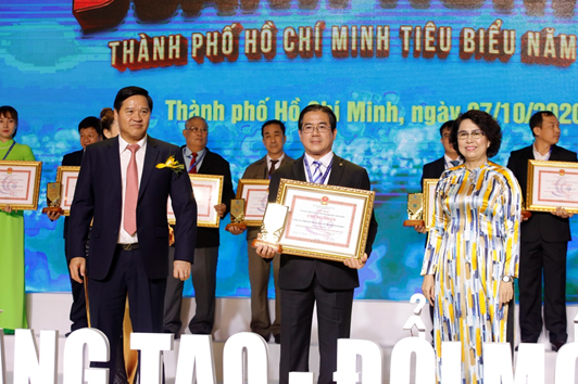 """Saigontourist được vinh danh """"Doanh nghiệp TP. Hồ Chí Minh tiêu biểu năm 2020"""""""