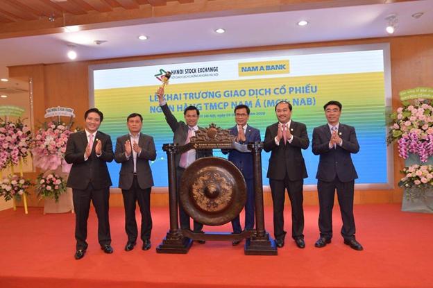 Cổ phiếu của Nam A Bank tăng mạnh trong phiên giao dịch đầu tiên