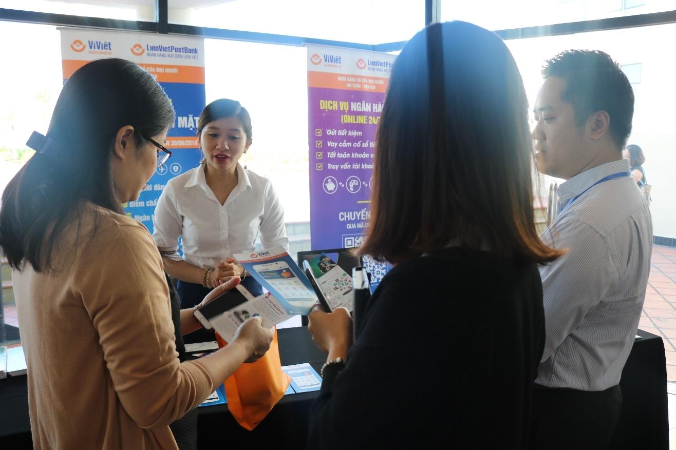 Ví Việt tham gia Hội thảo Số hóa ngân hàng - Cơ hội đột phá