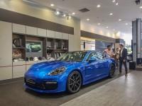 Porsche trưng bày xe tại Vincom Center Landmark 81