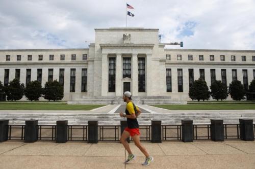Điều hành lãi suất của Fed: 10 năm nhìn lại