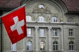 Thống đốc Ngân hàng Trung ương Thụy Sĩ bác bỏ cáo buộc