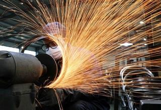Hoạt động sản xuất của Trung Quốc tăng chậm hơn trong tháng 12