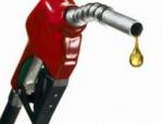 Nhiều nước giảm giá xăng bán lẻ