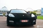 Porsche Panamera Turbo bọc nhung lạ mắt