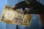Tiền giả lan tràn tại các ngân hàng Ấn Độ