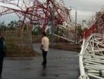 Nam Định: Tháp truyền hình cao 180m đổ sập do bão