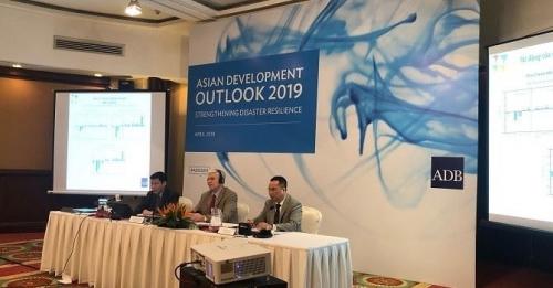 ADB dự báo kinh tế Việt Nam tăng trưởng 6,8% năm 2019