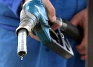 Khó kiểm soát gian lận thương mại trong kinh doanh xăng dầu