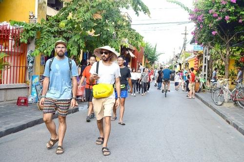 Tháng 10, du lịch Việt đón lượng khách quốc tế cao kỷ lục