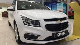 Chevrolet Cruze giảm giá sâu