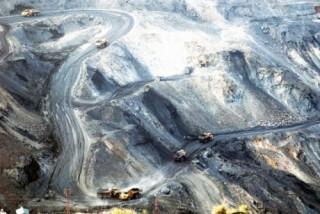 Lớn mạnh cùng đất mỏ