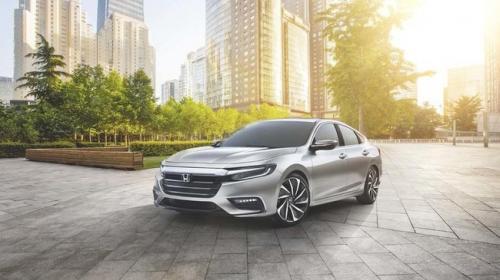 Honda Insight 2019: Phổ thông nhưng hiện đại