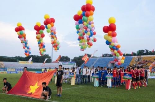 Khai mạc Giải Bóng đá Quốc tế truyền hình Bình Dương - Cúp Number 1 lần thứ 18