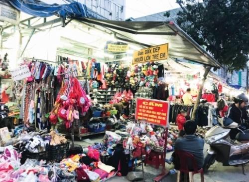 Khi vỉa hè hóa… chợ!