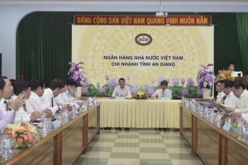 NHNN Chi nhánh An Giang tổ chức Hội nghị triển khai nhiệm vụ ngân hàng năm 2018