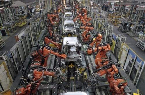 Công nghiệp Trung Quốc: Lợi nhuận lần đầu suy giảm