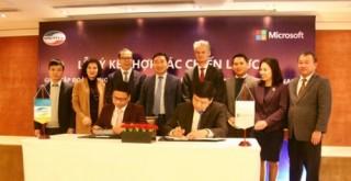 Viettel và Microsoft hợp tác chiến lược đẩy mạnh dịch vụ số tại Việt Nam