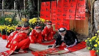 Các hoạt động văn hóa chào mừng Tết Nguyên đán ở Hà Nội