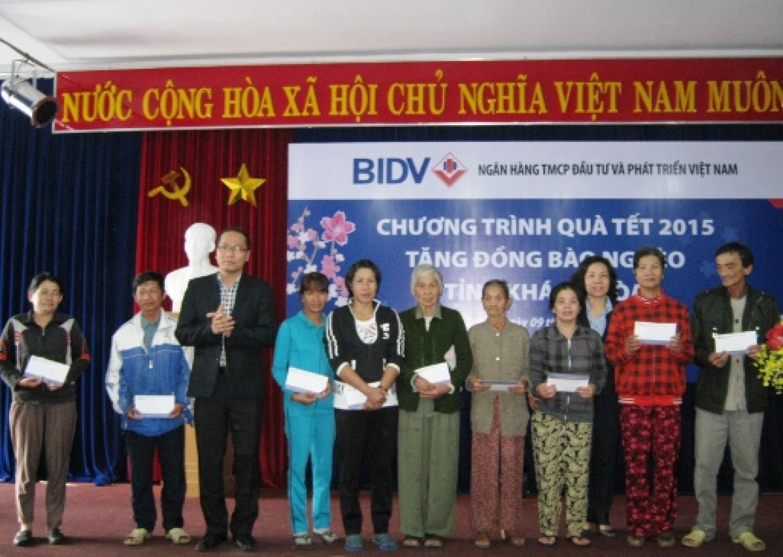 BIDV Khánh Hòa tặng 150 suất quà cho các hộ nghèo