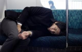 Kinh tế Nhật mất hàng tỷ USD vì lao động thiếu ngủ