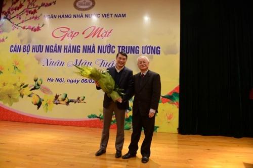 NHNN Việt Nam gặp mặt chúc Tết cán bộ hưu trí