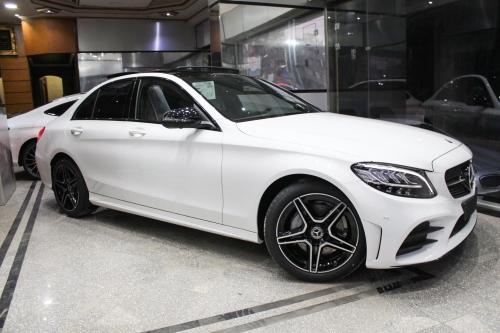 Bảng giá lăn bánh của Mercedes-Benz C-Class 2019 vừa chính thức được ra mắt