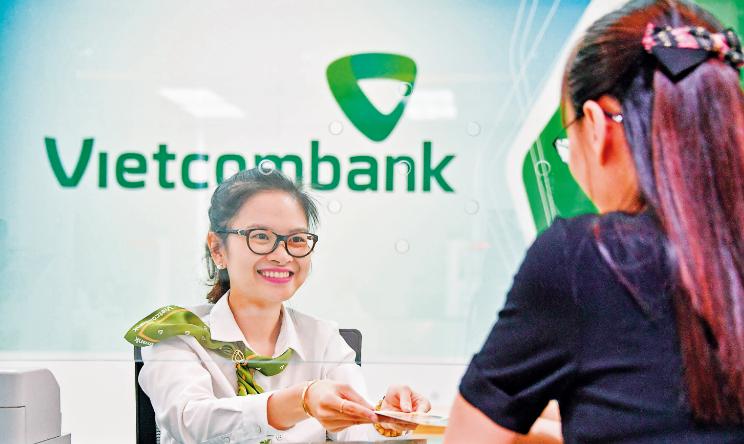 Hỗ trợ khách hàng là mong muốn lớn nhất của ngân hàng