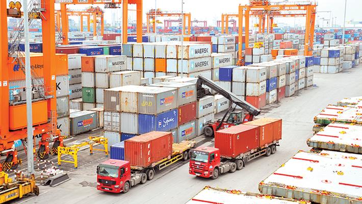 Hà Nội: Kim ngạch xuất nhập khẩu tháng 2 giảm mạnh