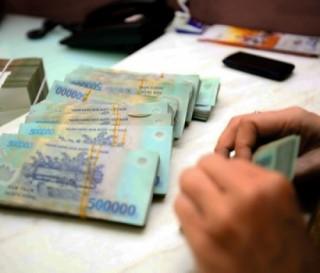 Trả lại trên 794 tỷ đồng cùng hàng trăm ngàn EUR tiền thừa cho khách hàng