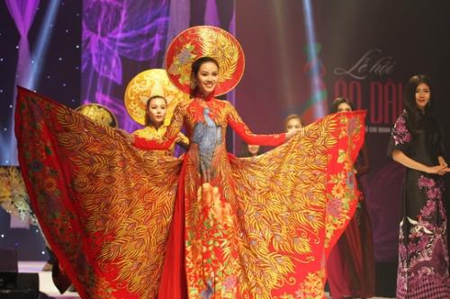 Cơ hội mới để thời trang Việt thăng hoa