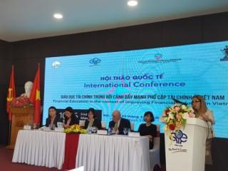 Thúc đẩy giáo dục tài chính tại Việt Nam