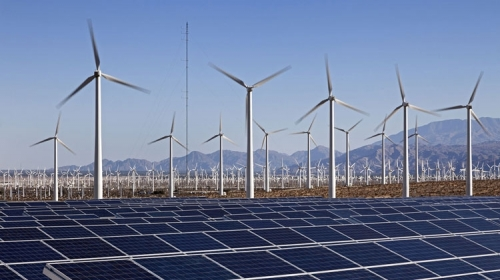 """Vì sao nhà đầu tư e ngại với """"điện sạch""""?"""