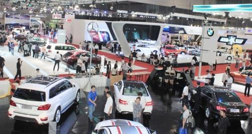 [Infographic] Thị trường ô tô tháng 2/2019: Doanh số giảm mạnh