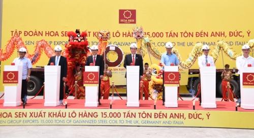 Tập đoàn Hoa Sen xuất khẩu 15.000 tấn tôn đến Anh, Đức và Ý