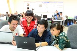 Thúc đẩy nhân sự ngành Công nghệ thông tin: Hợp tác giữa doanh nghiệp và nhà trường
