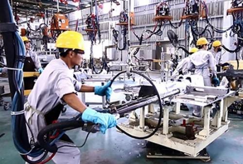 Sản xuất công nghiệp giảm đà tăng trưởng