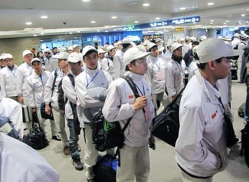 Xuất khẩu lao động: Đừng để mất thị trường