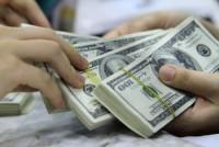 Tỷ giá tại các ngân hàng dao động nhẹ trong ngày đầu tuần