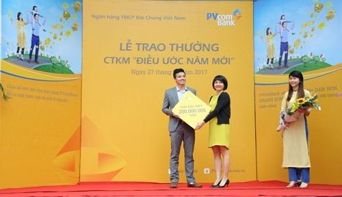 """PVcomBank trao thưởng chương trình """"Điều ước năm mới"""""""