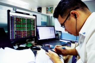 Cuộc đua dịch vụ ngân hàng đầu tư