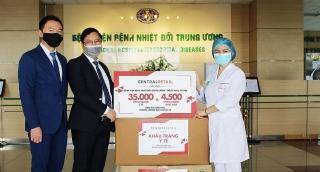 Central Retail trao tặng trang thiết bị y tế cho hai bệnh viện tuyến đầu