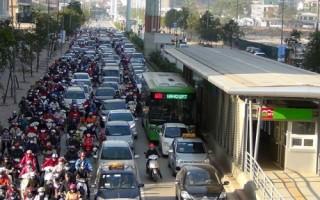 Để đẩy mạnh giao thông công cộng