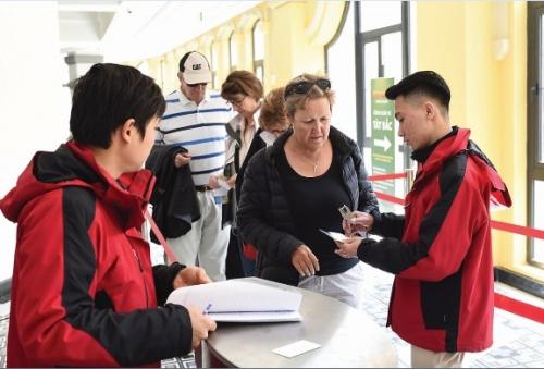 Miễn visa thu hút du khách