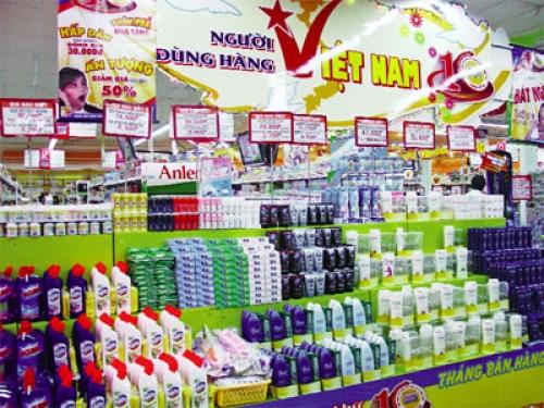 Hàng Việt thưa vắng sau mua bán sáp nhập