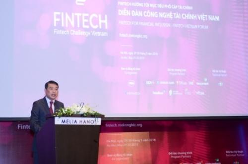 Khai mạc Diễn đàn Công nghệ Tài chính Việt Nam 2018