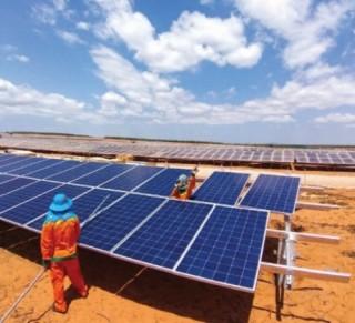 Ồ ạt đầu tư điện mặt trời