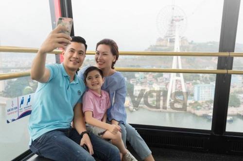 Du khách phấn khích tận hưởng tiệc hồ bơi cực chất tại Typhoon Water Park - 6