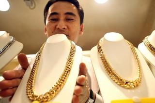 Thị trường vàng 25/5: Vàng vẫn còn nhiều trợ lực trong dài hạn