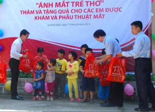 Prudential Việt Nam triển khai chương trình 'Vì ánh mắt trẻ thơ'